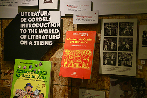 Literatura de Cordel exhibit case
