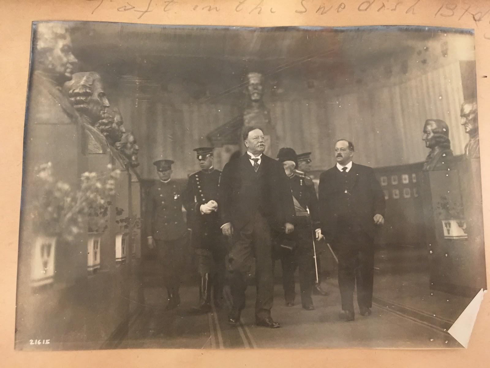 President Taft viewing busts in Swedish Building of the Panama Pacific International Exposition